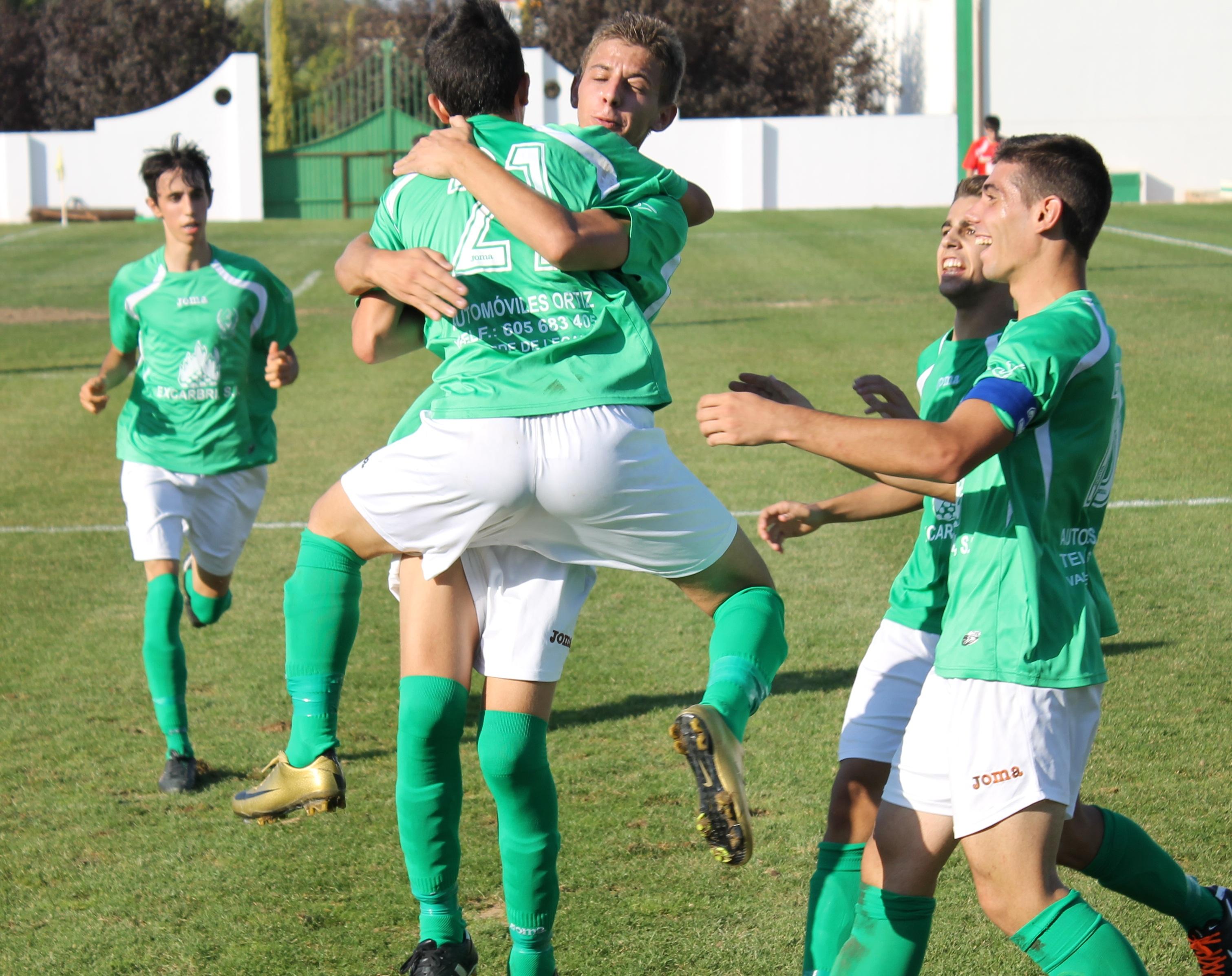 Primera victoria de los Juveniles del Racing Valverdeño